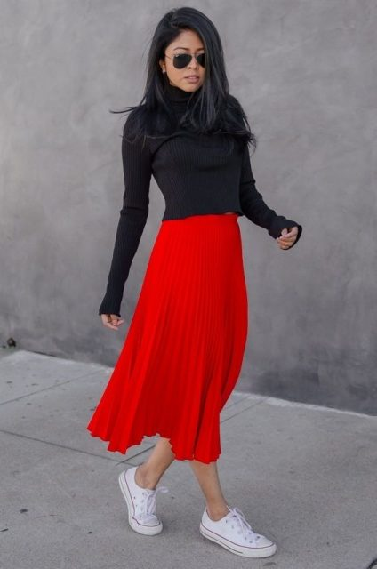 белые кеды с красной юбкой