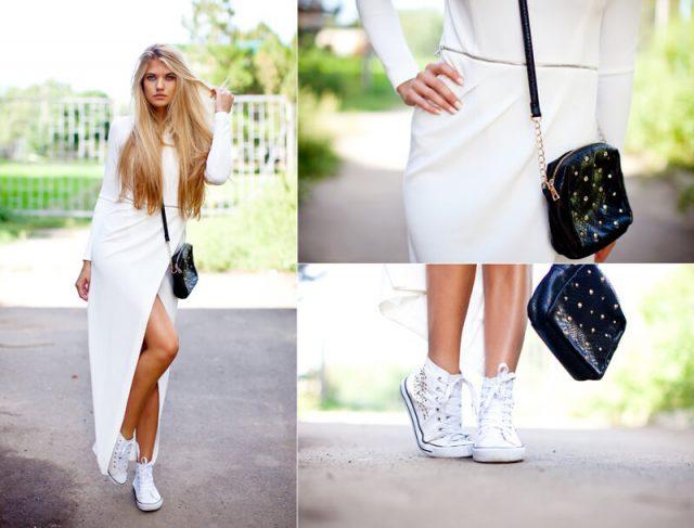 белые кеды с белым платьем и черной сумкой