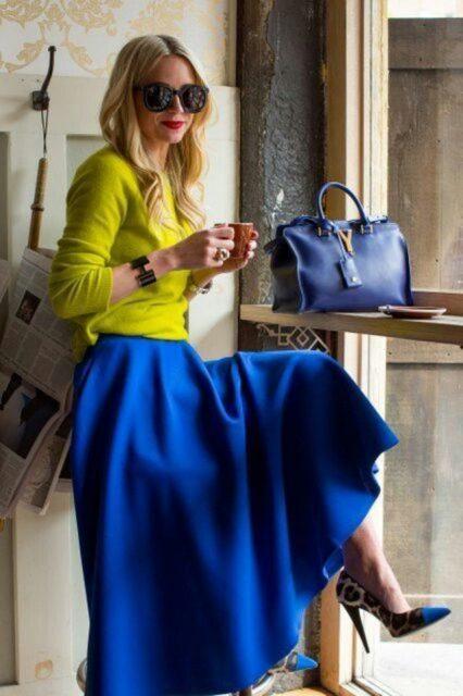 синий цвет в одежде с желтым
