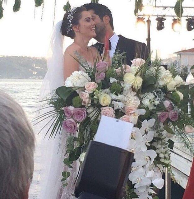 свадьба Фахрие Эвджен и Бурака Озчивит