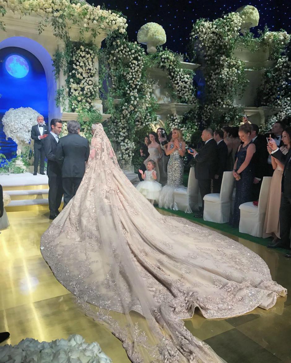 Платье невесты Лолиты