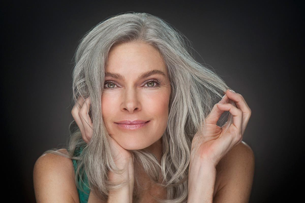 Почему седеют волосы в молодом возрасте