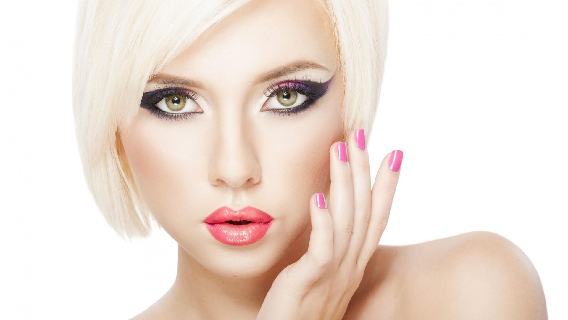 Макияж на выпускной 2018 для зеленых глаз: модные тенденции