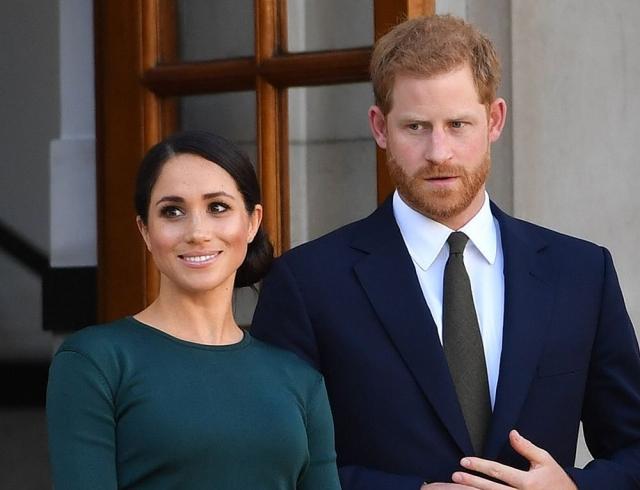 Отец Меган Маркл не дает покая королевской семье: скандальные подробности