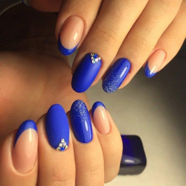 Модный синий! Дизайн ногтей 2018 года